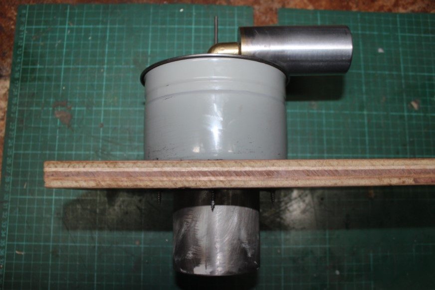 Assembly fitted to Base BOard Awaiting the Centre Post.jpg